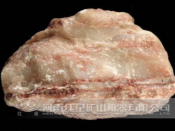 5~3,结构比较致密的,其普氏硬度系数可以达到4~5,有的硬质页岩的硬度